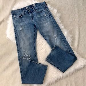 AG Tomboy Relaxed Straight Destroyed Jeans Sz 28